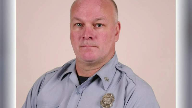 Detroit firefighter killed in rage at Troy gas station