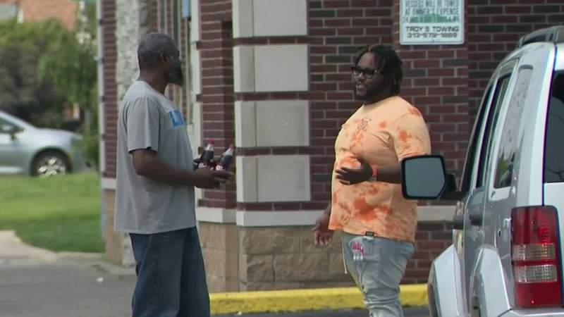 Detroit good samaritan strikes again, helping 2nd crash victim since April