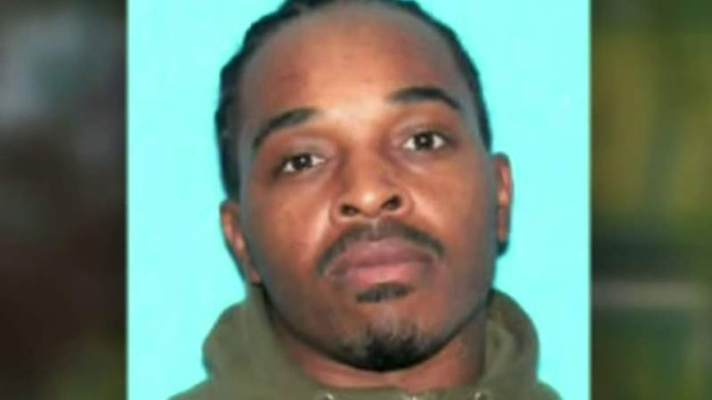 Warren police search for 'armed and dangerous' man wanted for kidnapping his ex-girlfriend