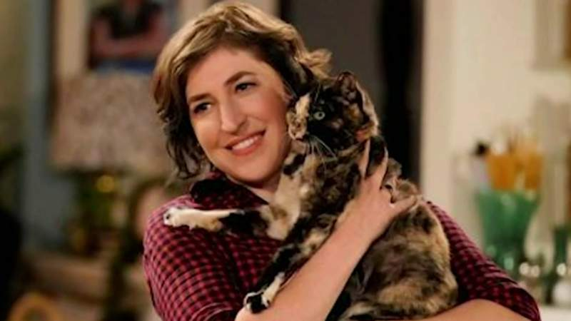 Mayim Bialik on Live in the D