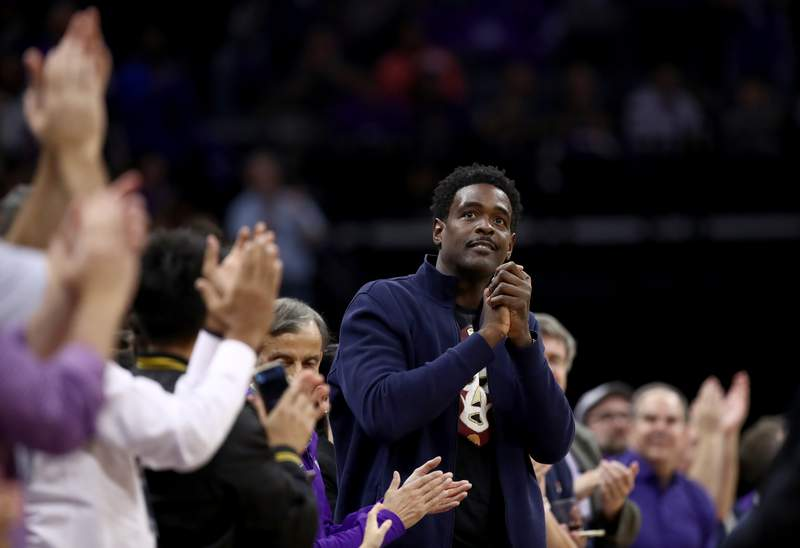 Former Sacramento Kings player Chris Webber is acknowledged by the crowd during the Kings game against the Portland Trail Blazers  at Golden 1 Center on October 25, 2019 in Sacramento, California.  NOTE TO USER: User expressly acknowledges and agrees that, by downloading and or using this photograph, User is consenting to the terms and conditions of the Getty Images License Agreement.