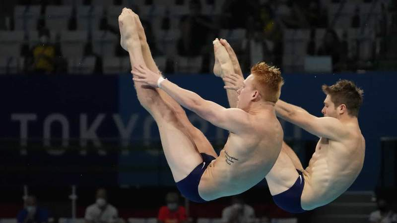Andrew Capobianco and Michael Hixon match up their dives to take silver in synchronized springboard on Wednesday.