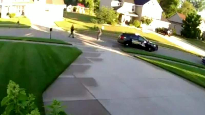 Deputy fatally shoots Michigan man wanted for stabbing customer during mask argument