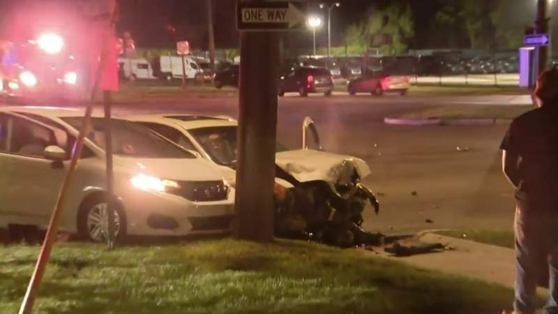 Shootout in Detroit leads to vehicle crash on Outer Drive and Mound roads