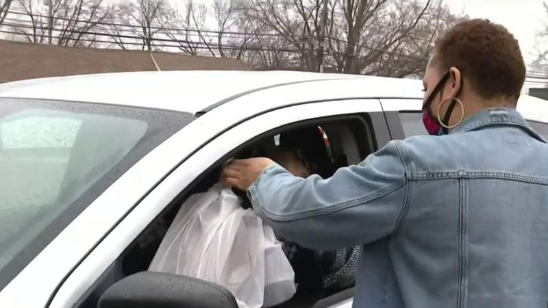 New Metro Detroit business owner gives back to those in need