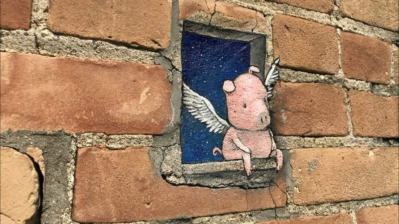 A permanent installation of Philomena the flying pig behind the Ann Arbor Art Center (Photo: Meredith Bruckner)