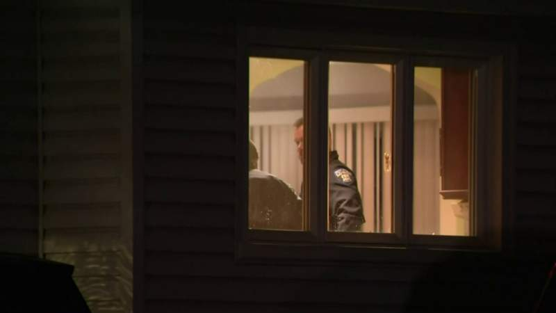 Police investigate apparent murder-suicide in Shelby Township