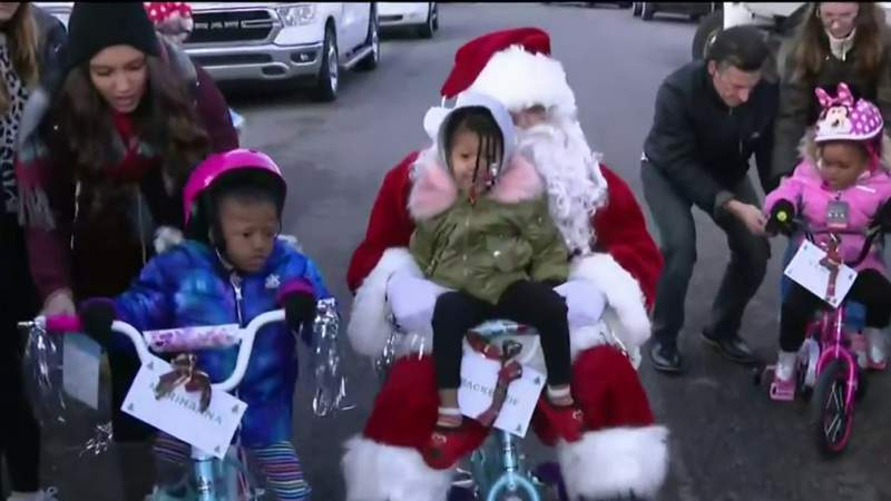 GF Default - Yatooma Foundation brings holiday joy to Detroit families in need