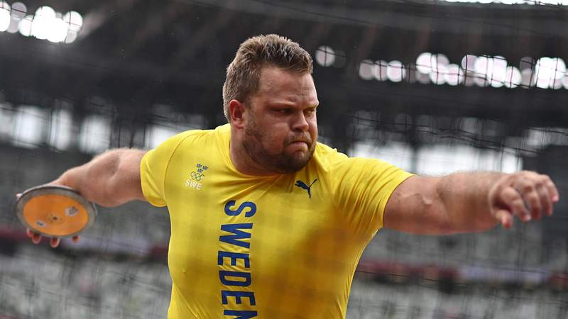 Sweden's Daniel Stahl competes in the men's discus throw qualification during the Tokyo 2020 Olympic Games at the Olympic Stadium in Tokyo on July 30, 2021. (Photo by Ben STANSALL / AFP) (Photo by BEN STANSALL/AFP via Getty Images)
