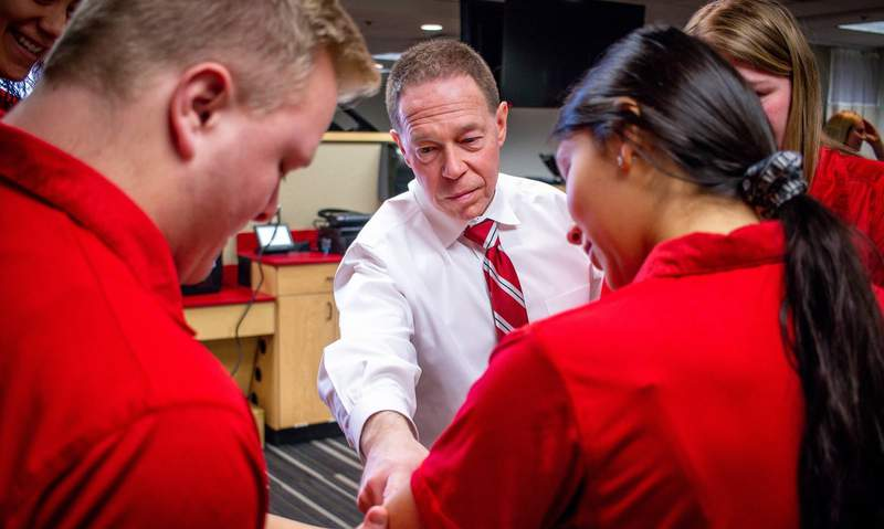 Timothy Neal, program director of athletic training education and assistant professor of health and human performance, instructs students.