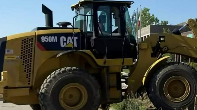 $165K construction vehicle stolen from Clinton Township site