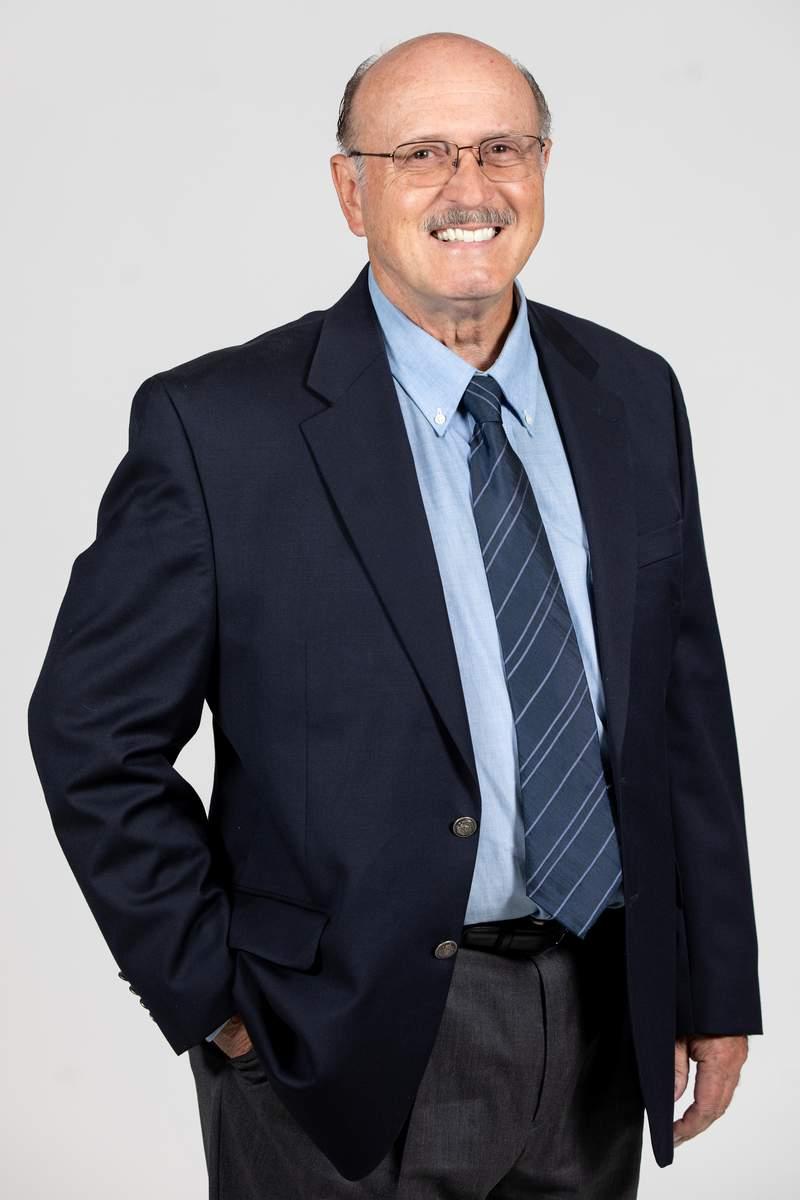 Detroit Radio News Legend and WJR News Director Dick Haefner.