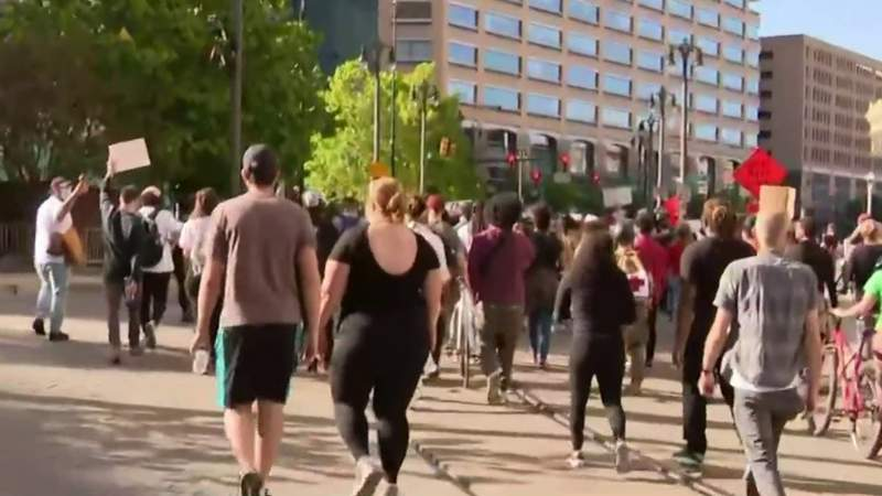 Detroit leaders react to weekend protests, issue city curfew