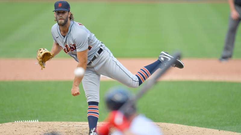 Relief pitcher Daniel Norris #44 of the Detroit Tigers pitches during the fourth inning against the Cleveland Indians at Progressive Field on August 23, 2020 in Cleveland, Ohio.