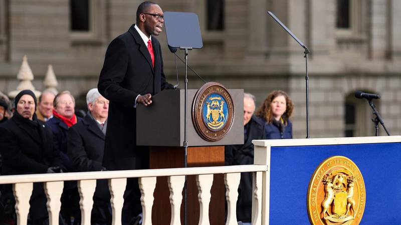 Garlin Gilchrist II at his ceremony to be sworn in as lieutenant governor on Jan. 1, 2019. (WDIV)