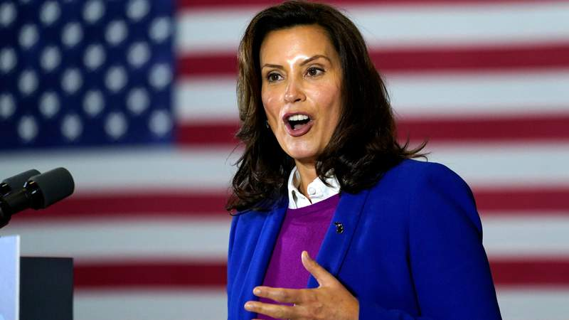 Gov. Whitmer issues apology after she is seen allegedly violating social distancing orders
