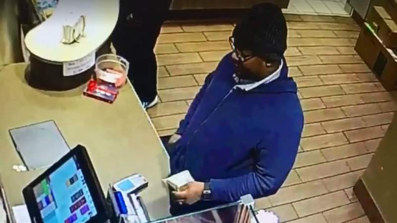 Dundee police say this man scammed a Tim Hortons cashier on Dec. 29, 2019. (Photo: Dundee Police)