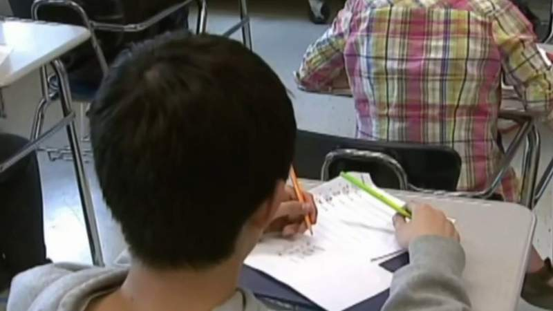 Michigan school districts in limbo as lawmakers drag feet on budget guidelines