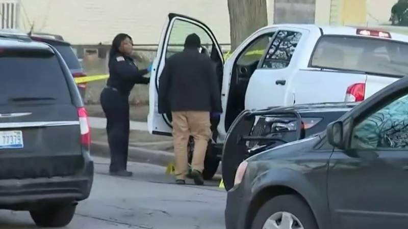Woman finds man beaten to death in pickup after noticing truck running all day on Highland Park street