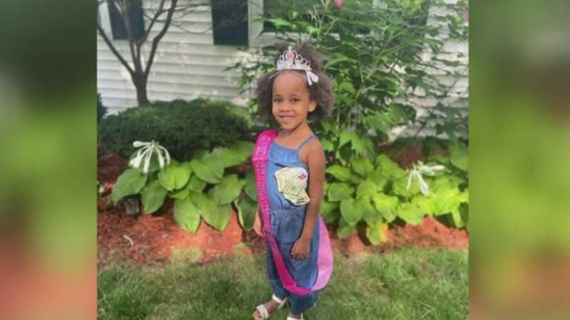 Father mourns death of 6-year-old killed in crash in Detroit