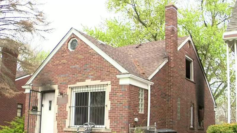 Young children rescued from Detroit house fire thanks to neighbor's diligence