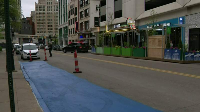 Pizzeria owner 'fixes' parking issue in Downtown Detroit