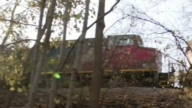 GF Default - Neighbors frustrated with noise, lack of answers on stopped trains in Oakland County