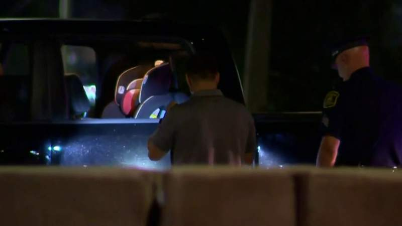 Police seek gunman who fired shots on I-75, killing 1 child, injuring another