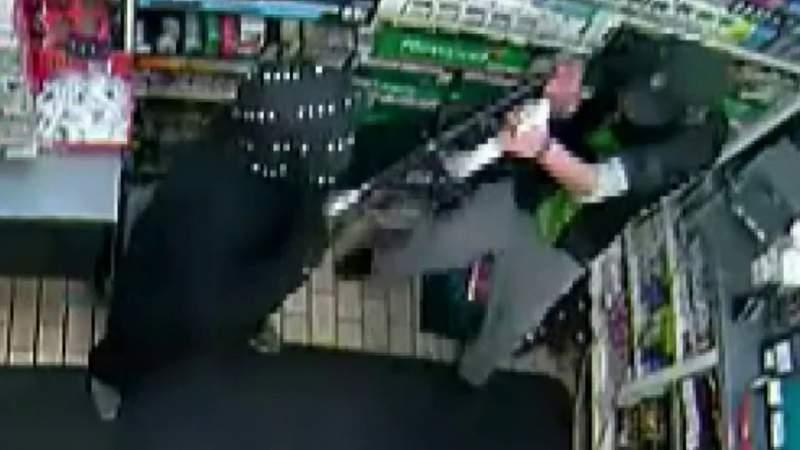 7-Eleven clerk beaten with shotgun during robbery in Livonia
