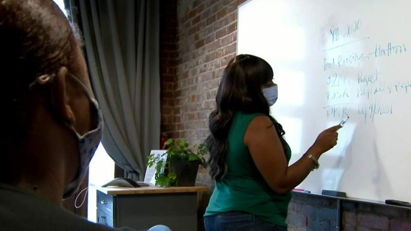 Detroit woman starts organization aimed at helping vulnerable teen mothers