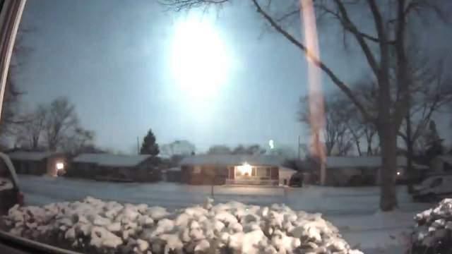 Possible meteor streaks through sky in Sterling Heights (VIDEO: Kristen Donahue VanRosenberg)