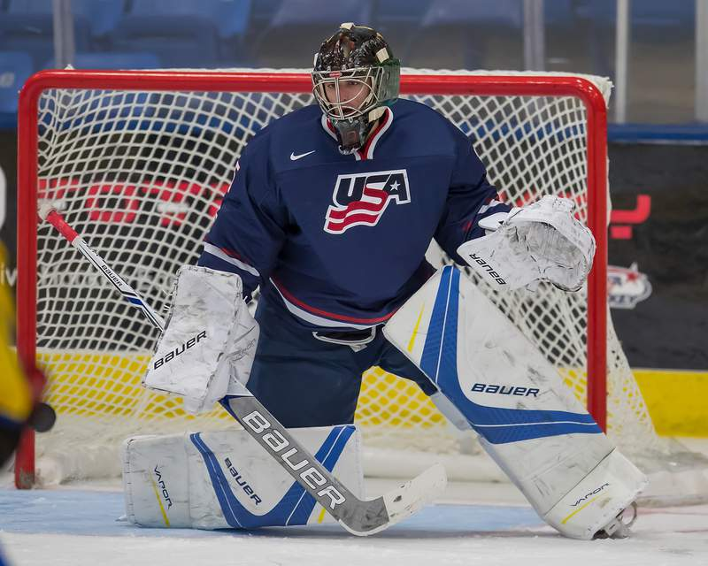 DETROIT, MI - AUGUST 02: Keith Petruzzelli #35 of the USA makes a save against Sweden during a World Jr. Summer Showcase game at USA Hockey Arena on August 2, 2017 in Plymouth, Michigan. The USA defeated Sweden 3-2. (Photo by Dave Reginek/Getty Images) *** Local Caption *** Keith Petruzzelli