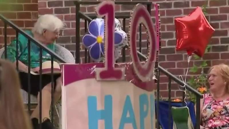 Royal Oak community helps woman celebrate 104th birthday