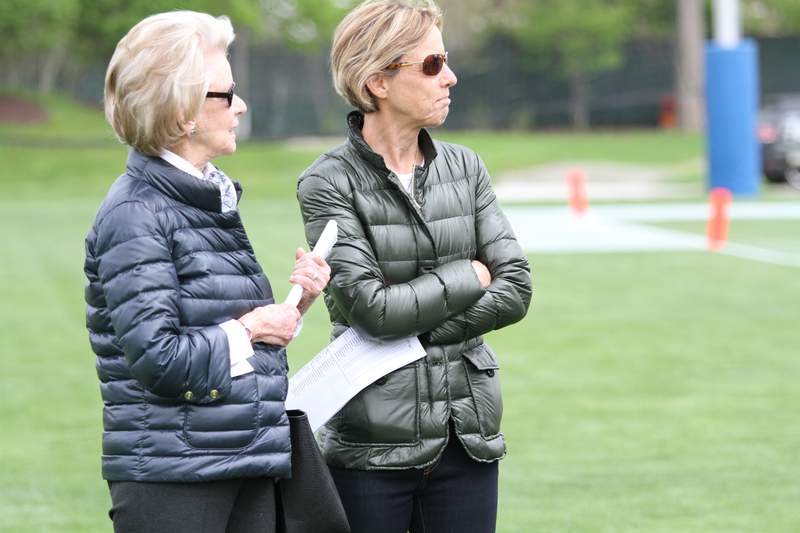 Martha Ford (left) and Sheila Ford Hamp (right)