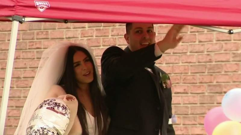 Family, friends find way to help couple celebrate wedding despite coronavirus