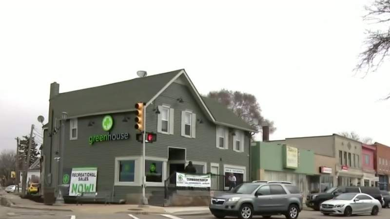 Business is booming for pot shops amid coronavirus outbreak