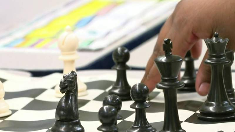 Detroit elementary school chess team takes home state championship