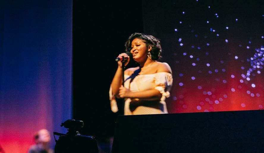 "Pioneer High School Senior, Jasmine Williams, sings ""Reflection"" (Mulan) at FutureStars 2020."