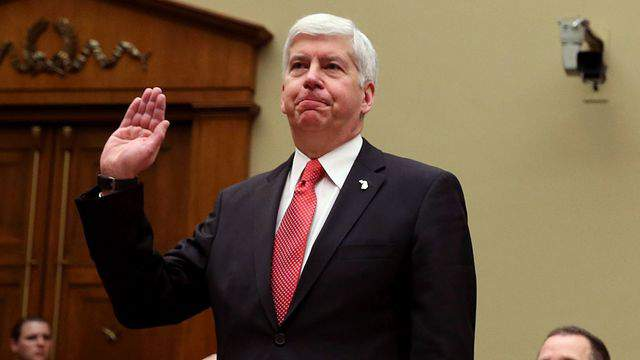Michigan Gov. Rick Snyder sworn in during a House Oversight and Government Reform Committee hearing about the Flint water crisis on Capitol Hill in Washington, D.C. on Thursday, March 17, 2016. (GETTY)