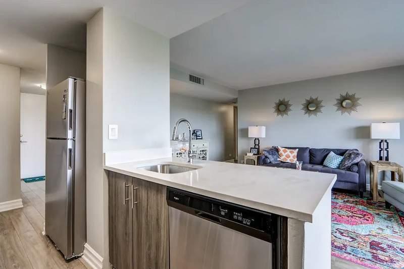 9000 E. Jefferson Ave.   Photo: Apartment Guide