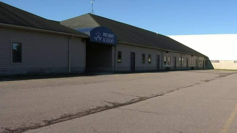 Flat Rock school in evacuation zone to hold classes at community college