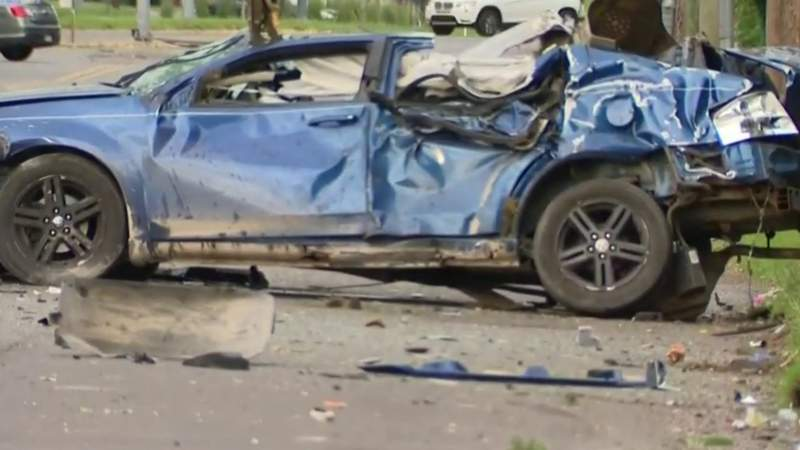 Woman killed in high-speed crash on Detroit's west side
