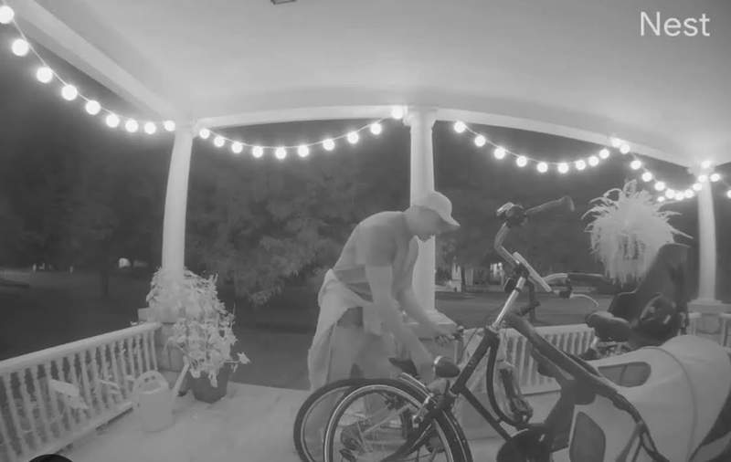 An image from footage Gage shared on Nextdoor of the moment a man stole her daughter's bike.