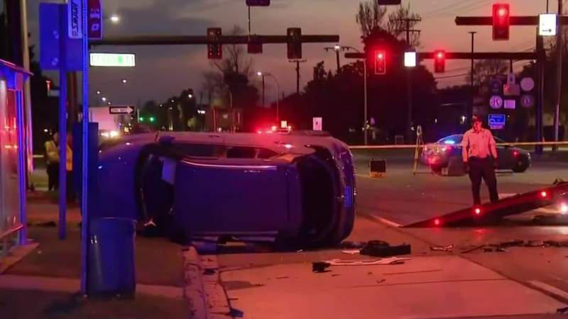 2 drivers hospitalized after man fleeing police crashes in Roseville