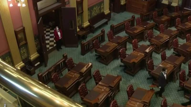 Michigan Gov. Whitmer, Legislature debate 28 day extension of State of Emergency