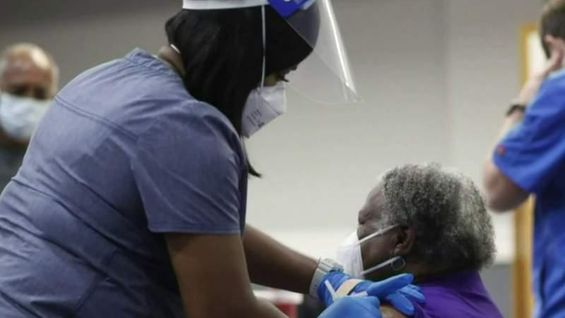 Detroit Mayor Duggan announces walk-in vaccine locations