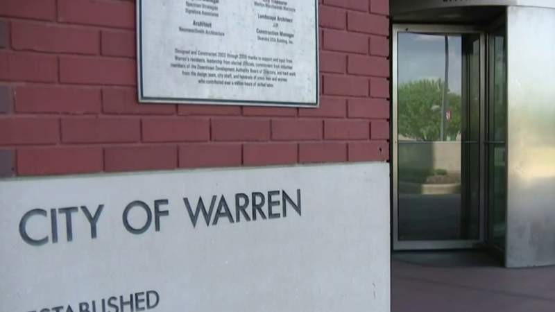 Warren Mayor Jim Fouts upset over job cut of his personal assistant