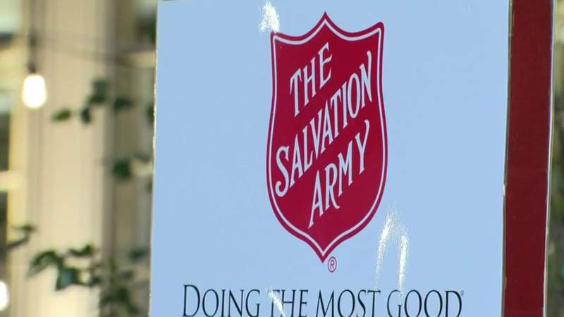 Former Detroit Lions star Herman Moore helps Salvation Army with the '$84,000 Challenge'