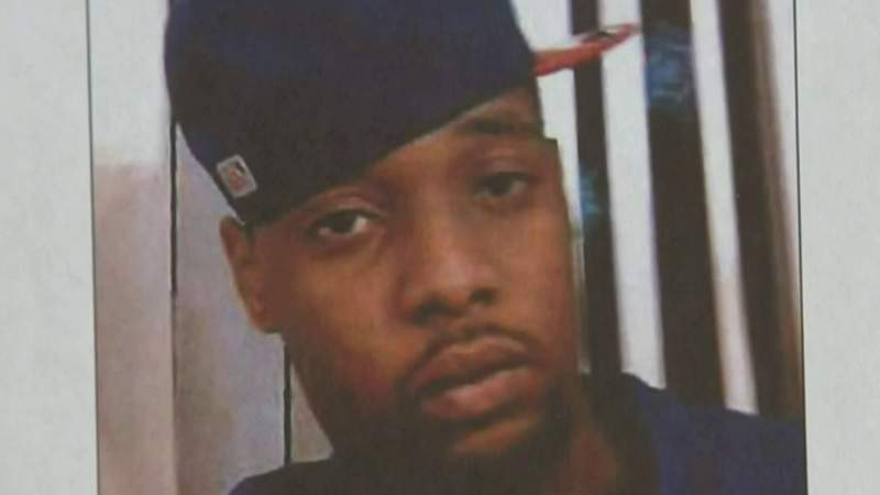 Detroit mother pleads for answers in son's murder