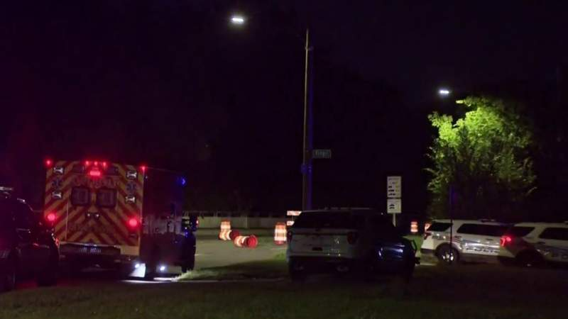 Gunman holds 2 hostage inside northwest Detroit home